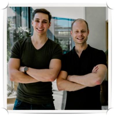 Op deze foto zie je Martijn van Tongeren en Tonny Loorbach, de oprichters van de Huddle Community Software